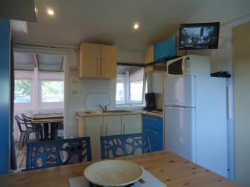 camping les grissotières location mobil-home Jhon-Fenn cuisine