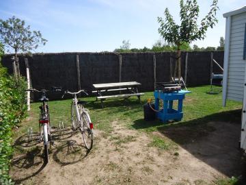 Camping Les Grissotières mobil home Mary Read coin jardin vacances bord de mer