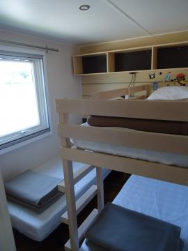 Location Camping Grissotières Chambre 2 un lit de 80/190,un lit superposé de 70/190