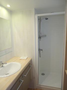 Location Mobil home Francis Drake salle d'eau Camping les Grissotières