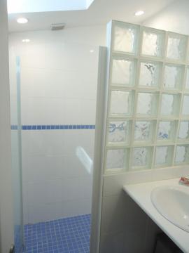 Camping les Grissotières location salle de douche maison Oléronaise