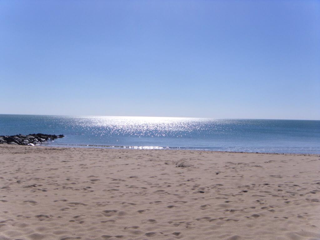 Strand von Rémigeasse in der Nähe des Campingplatzes Les Grissotières